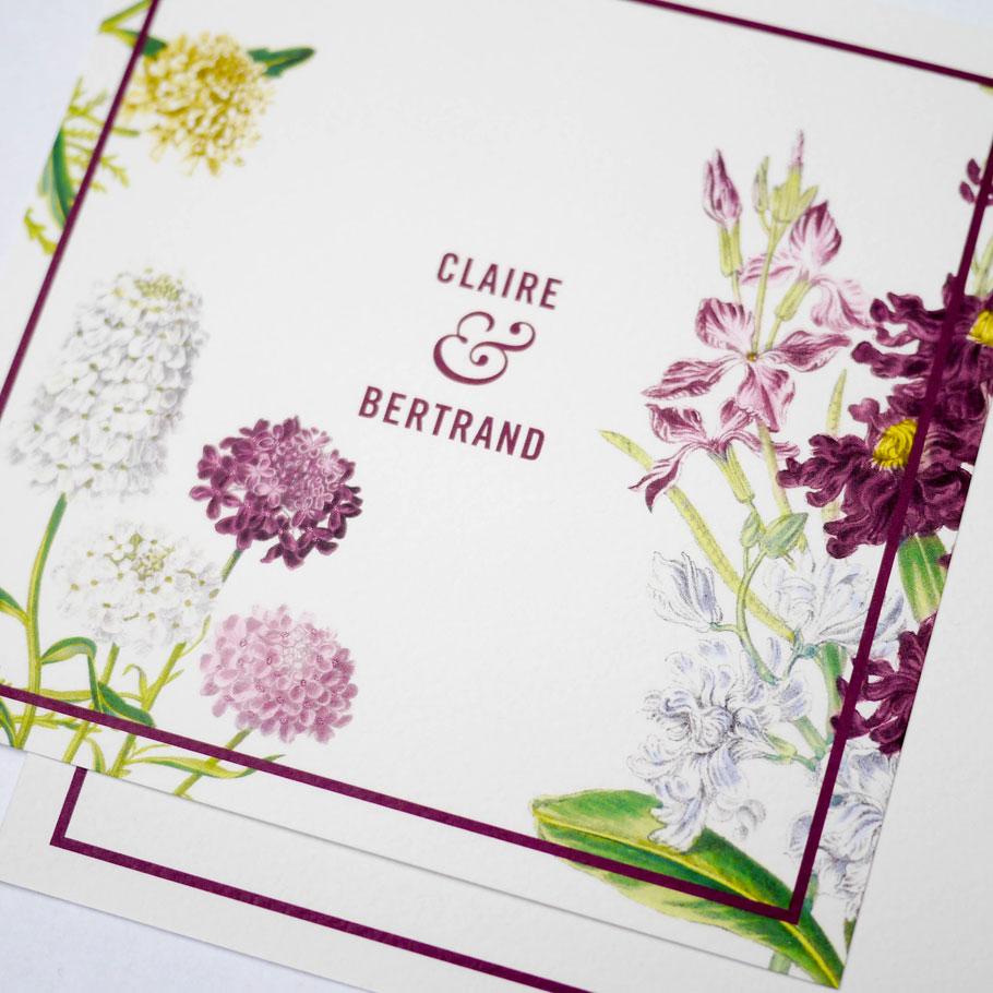 Inviation de mariage à fleurs. Jardin anglais en bordeaux et vert.