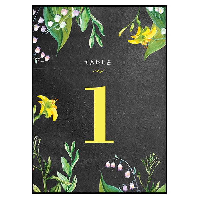 Mariage, carte numéro de table champêtre. Fleurs jaunes et blanches