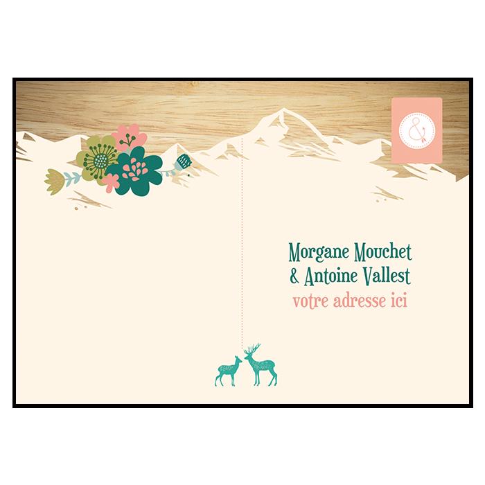 Carton réponse de mariage à la montagne. Carte postale fond bois.