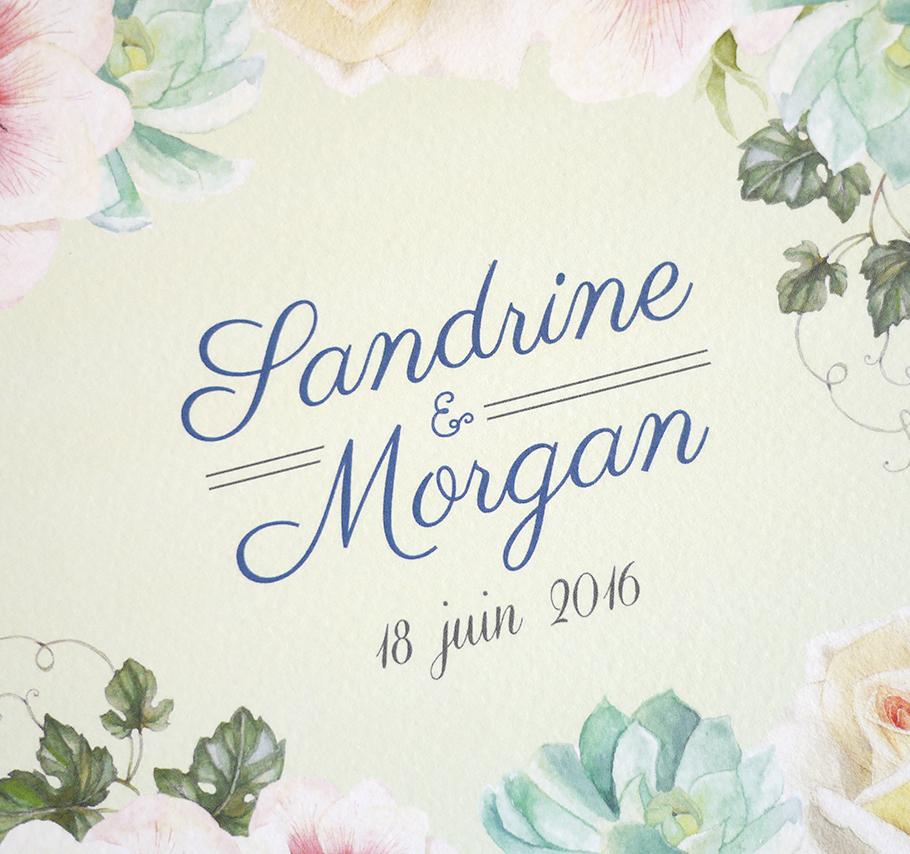 Faire-part de mariage floral parfait pour un mariage botanique chic. Fleurs réalisées à l'aquarelle sur fond vert pale.