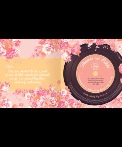Faire-part de mariage floral All you need is Love, rose et orange, livret musique avec disque vinyl imprimé