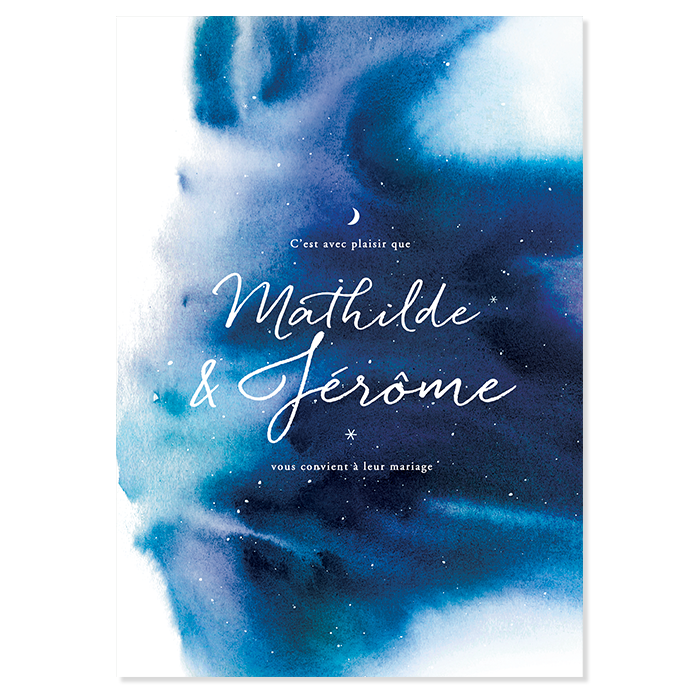 Faire part mariage nuit étoilée. Fond aquarelle dans des teintes de bleu nuit. Prénoms décorés par de petites étoiles et la Lune