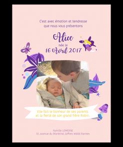 Faire part de naissance bébé fille avec photo grand frère. Illustration fée et papillons violet sur fond rose
