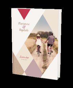Livre d'or mariage avec photo personnalisée design losanges et confettis