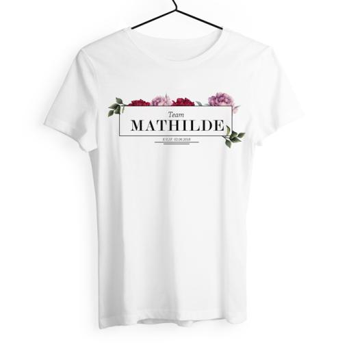 Tshirt à personnaliser pour EVJF. Design à fleurs, chic et bohème.