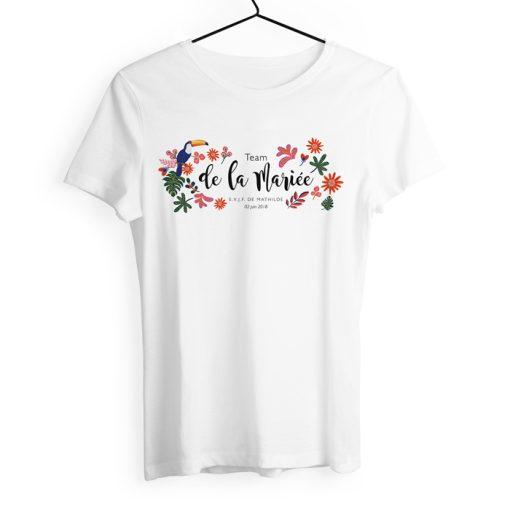 tshirt enterrement vie jeune fille personnalisé. Design tropical exotique avec fleurs et toucan