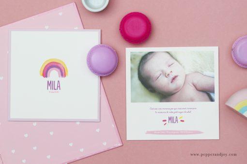 faire part de naissance arc en ciel avec photo de bébé. Création originale avec motif arc en ciel.