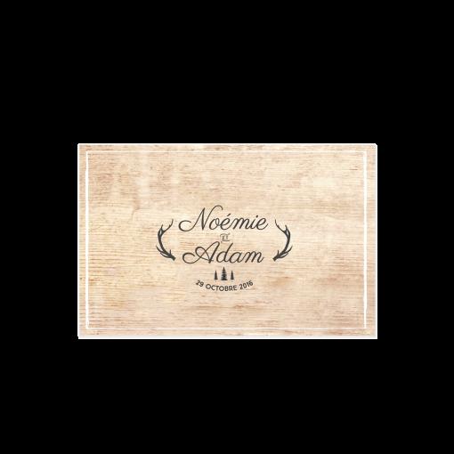 Marque place mariage imprimé. Etiquette noms mariage fond bois.Décor de table mariage à la montagne.