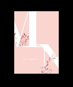 invitation mariage pour cocktail, diner et brunch. thème nature et floral. Grandes lettres logo des mariées avec leurs initiales. Fond rose pale.
