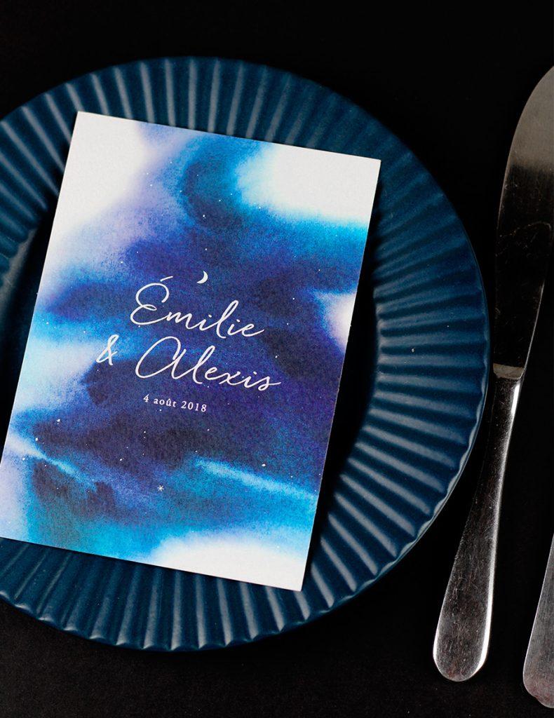 menu mariage nuit étoilée aquarelle fond bleu