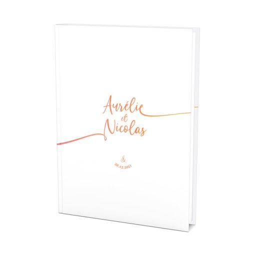 Livre d'or mariage A4 personnalisé. Fond blanc, texte couleur de votre choix.